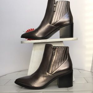 KENNETH COLE Reaction Pointed Bootie Size 8.5 NWOT